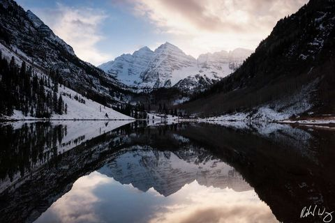 Peter Lik Maroon Bells Style Photo, maroon bells, maroon lake, colorado