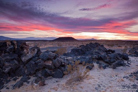 Amboy Crater, Mojave Desert, California, photo