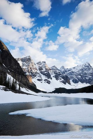 alberta, banff, banff national park, canada, canadian rockies, chilly, cold, coldness, color image, from shore, from shore point of view, from shore pov, frozen, ice, icy, lac moraine, lake, lakes, la