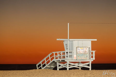 Los Angeles County, Pacific Ocean, beaches, coast, coastal, dusk, evening, lifeguard station, lifeguard tower, night, north america, outdoor, outside, santa monica, santa monica state beach, southern
