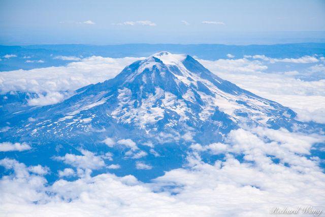 Mount Rainer Aerial Photo, Washington, USA, photo