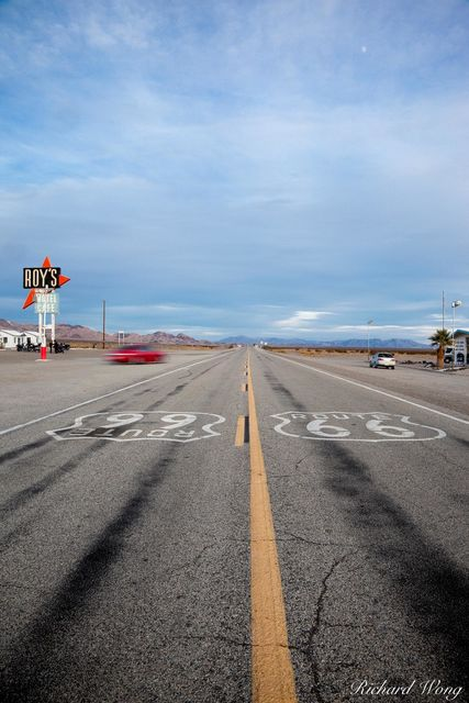 Route 66, Amboy, California, photo