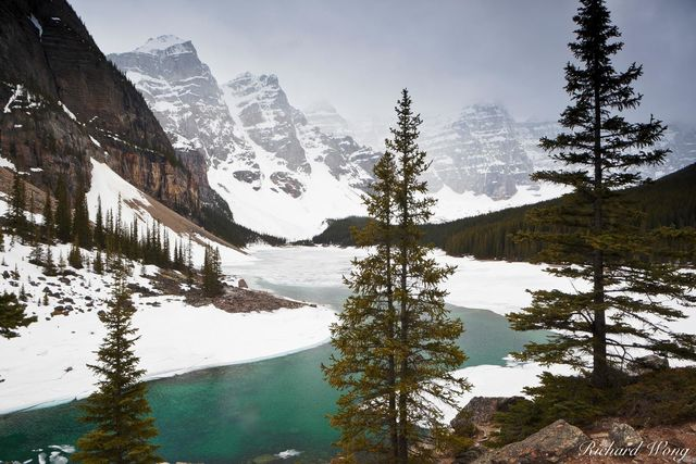 Moraine Lake and The Valley of the Ten Peaks, Banff National Park, Alberta, Canada, Photo