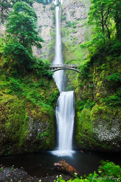 Multnomah Falls - Oregon's Tallest Waterfall, Columbia River Gorge National Scenic Area, Oregon, photo