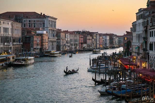 Rialto Bridge View at Dusk, Venice, Italy, photo