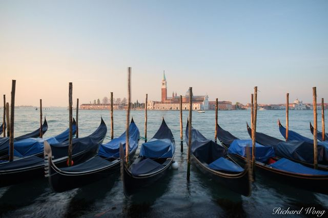 Servizio Gondole Sunrise at Piazza San Marco, Venice, Italy, photo