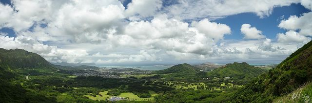Nuʻuanu Pali Lookout Panoramic, O'ahu, Hawaii, photo
