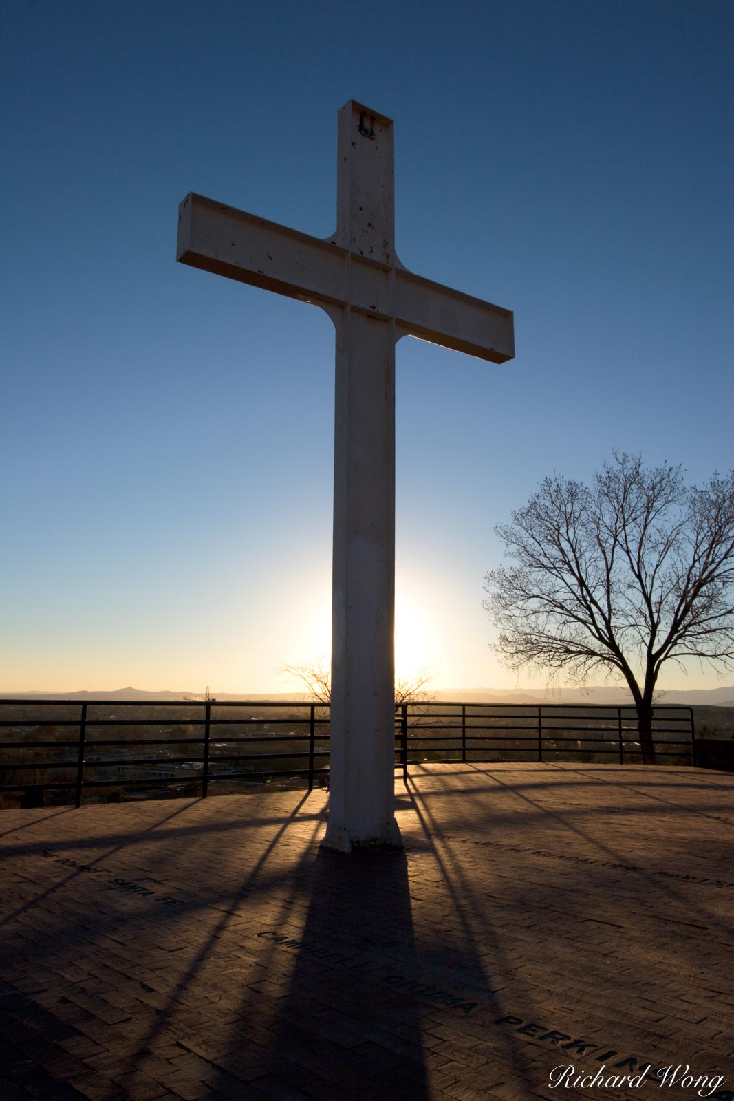 Cross of the Martyrs, Fort Marcy Park, New Mexico, Santa Fe, christian cross, christianity, holy, power, powerful, religion, religious symbol, sunset, sunsets, symbolism, photo