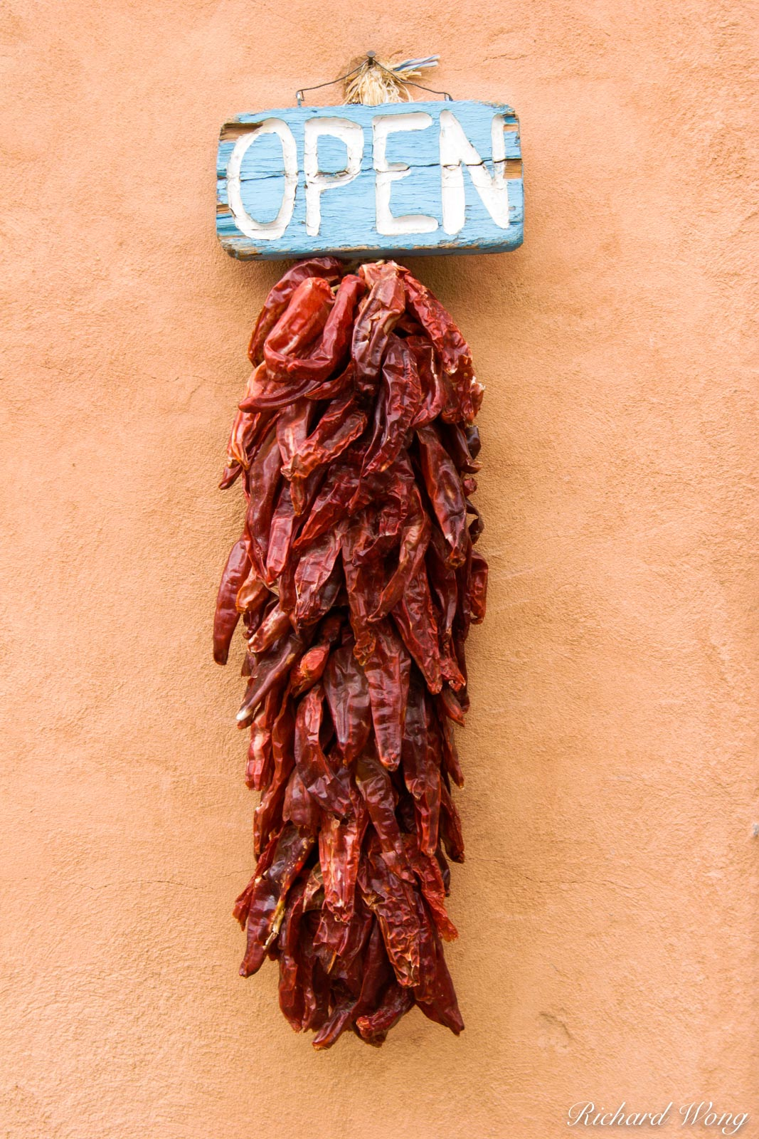 Red Chili Peppers, Taos Plaza, New Mexico, photo, photo