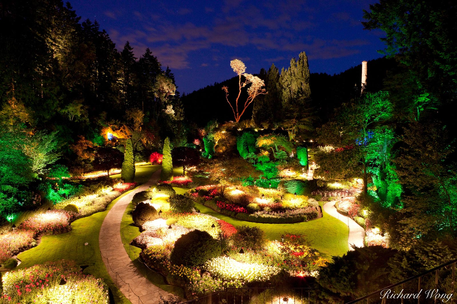 Sunken Garden Overlook Night View at the Butchart Gardens, Brentwood Bay, Vancouver Island, B.C., photo, photo