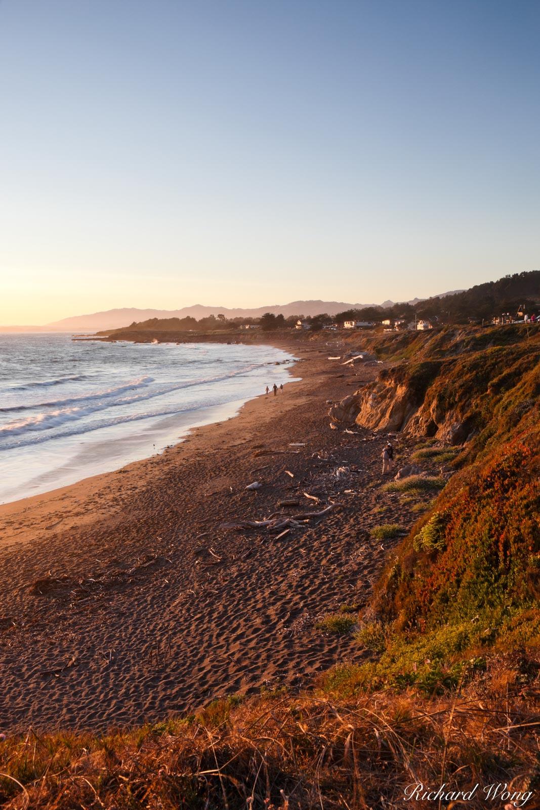Moonstone Beach Coastline, Cambria, California, photo, photo